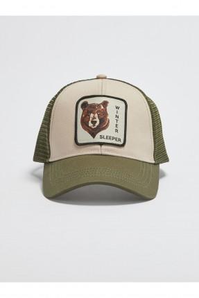قبعة رجالية مزينة برسمة