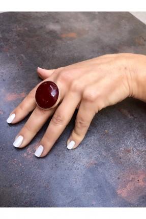 خاتم نسائي مزين بحجر طبيعي لامع