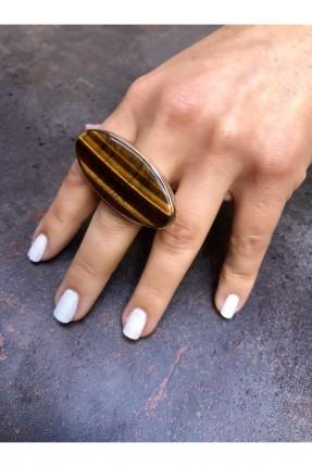 خاتم نسائي مزين بحجر منقوش