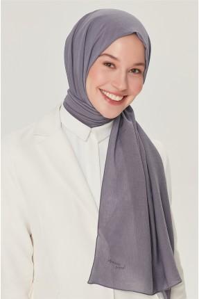 حجاب تركي مزين باسم الماركة