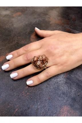 خاتم نسائي مزين بحجر طبيعي