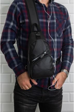 حقيبة يد رجالية مزينة بسحاب