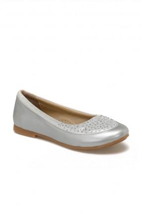 حذاء اطفال بناتي مزين بستراس