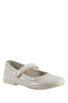 حذاء اطفال بناتي مزين بثقوب