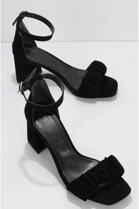 حذاء نسائي شامواه