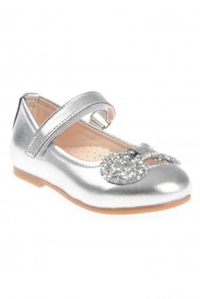 حذاء بيبي بناتي مزين بلاصق