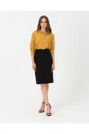 تنورة قصيرة سادة اللون
