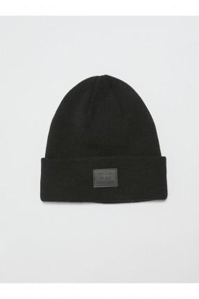 قبعة نسائية تريكو بكتابة