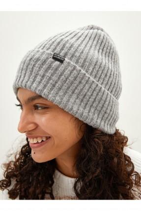 قبعة نسائية تريكو بنقشة