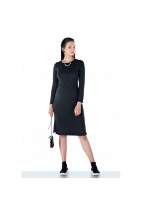 فستان حمل مزين بفتحة جانبية