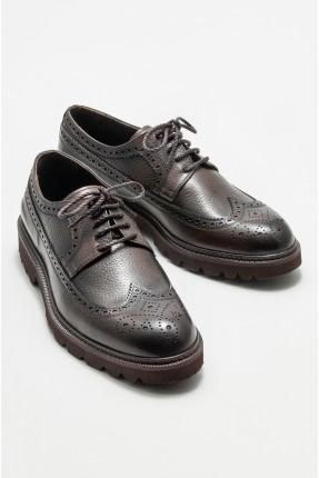 حذاء رجالي جلد مزين بثقوب