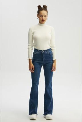 بنطال جينز نسائي سليم فيت واسع
