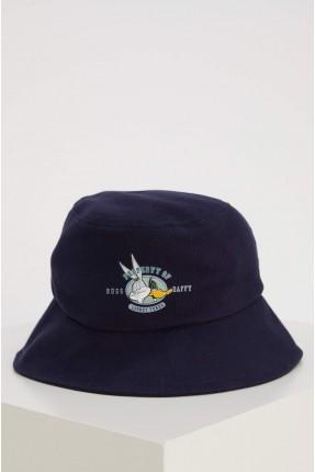 قبعة نسائية بطبعة