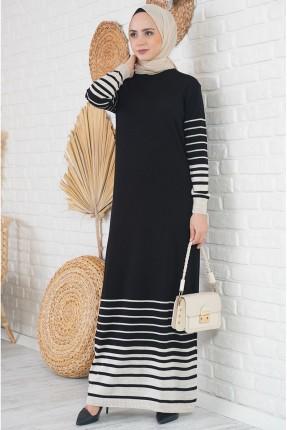 فستان طويل تريكو مخطط