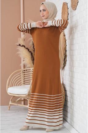 فستان تريكو مزين بخطوط على الكم