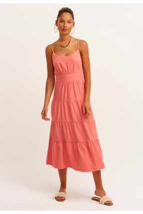 فستان سادة مزين بشيالات