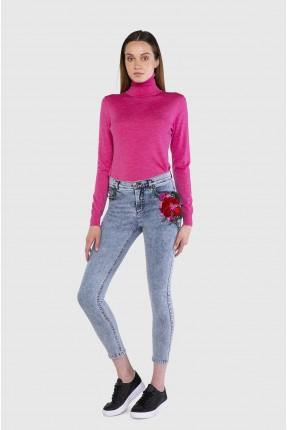بنطال جينز نسائي بنقشة زهرة