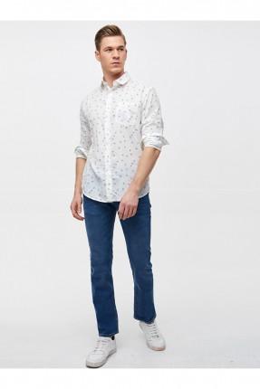 بنطال جينز رجالي بشعار الماركة على الجيب