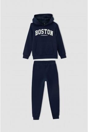 بيجاما رياضية اطفال ولادي مزينة بطبعة BOSTON