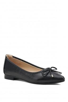 حذاء نسائي مزخرف