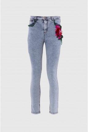 بنطال جينز نسائي مزين بازهار