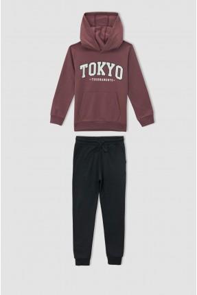 بيجاما رياضية اطفال ولادي مزينة بطبعة TOKYO