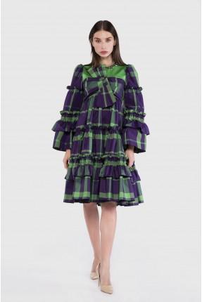 فستان رسمي مزين بفيونكة على الصدر