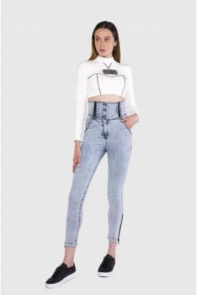 بنطال جينز نسائي مزين بسحابات