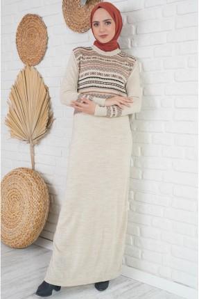 فستان طويل تريكو بياقة دائرية