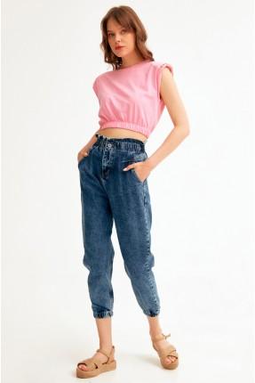 بنطال جينز نسائي مزين بكشكش