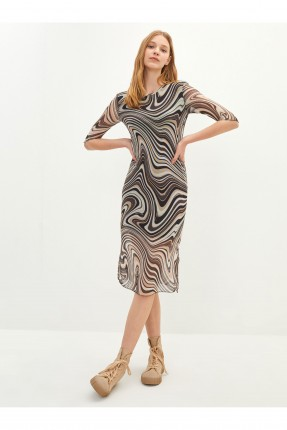 فستان مزخرف بياقة دائرية