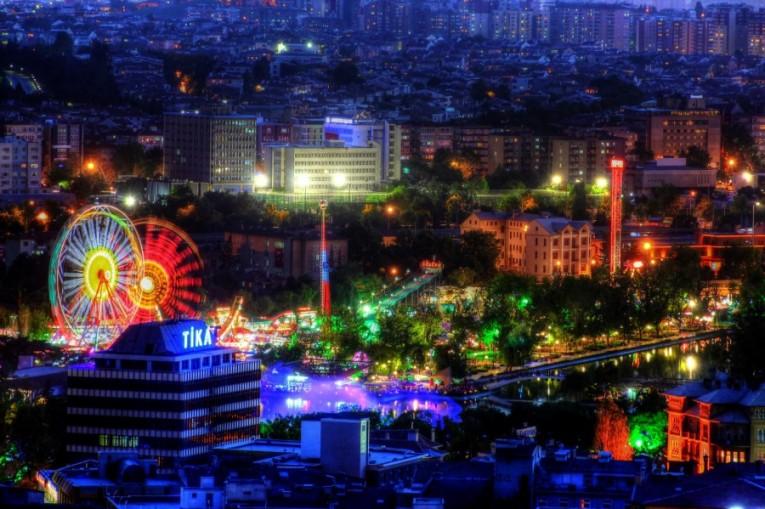 نتيجة بحث الصور عن حديقة الشباب أنقرة تركيا
