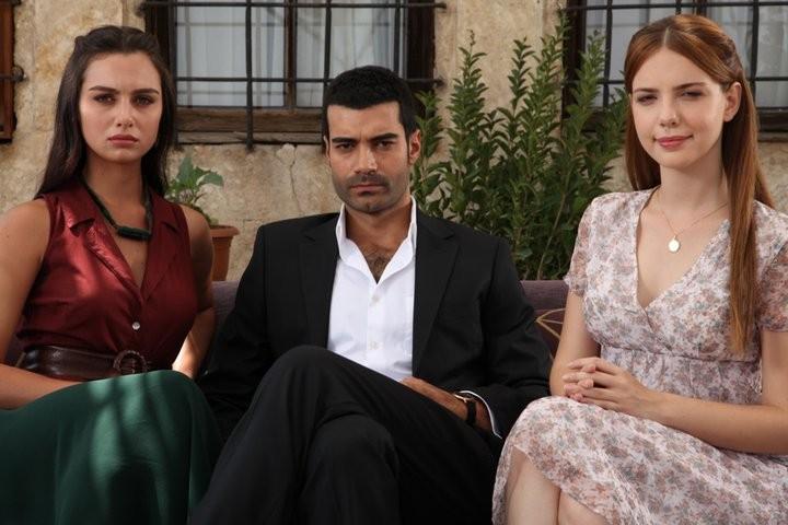 حب في مهب الريح Yer Gok Ask مسلسل رومانسي بامتياز تركيا ادويت
