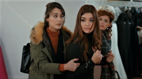 المسلسل التركي الحب لا يفهم الكلام Ask Laftan Anlamaz تركيا ادويت
