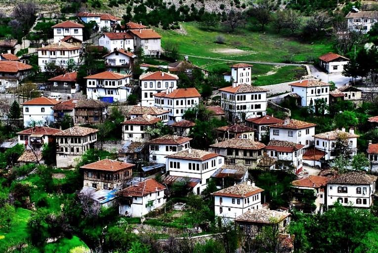 البلدة السياحية التركية صفران بولو Safranbolu | تركيا - ادويت