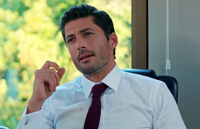 الممثل التركي بامر باكن Pamir Pekin | تركيا - ادويت