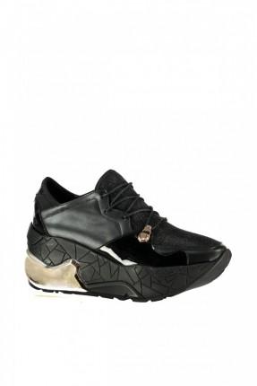 حذاء نسائي سبور - اسود