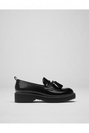 حذاء نسائي مع بكلة - اسود