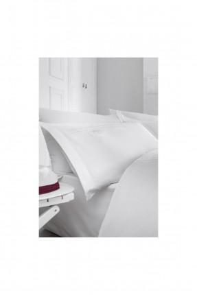 طقم غطاء سرير مزدوج / 3 قطع / ابيض