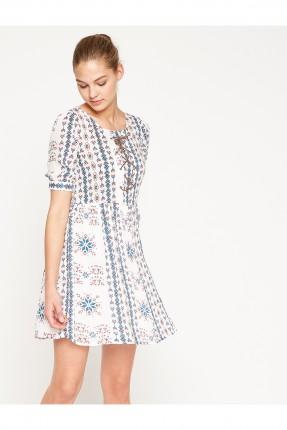 فستان نسائي مع اربطة على الصدر - ابيض