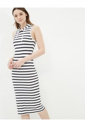 فستان نسائي مع كبشونة - ابيض