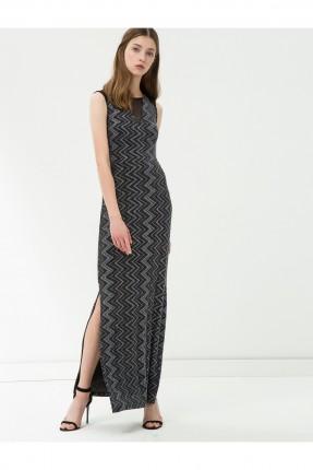 فستان نسائي بفتحة جانبية