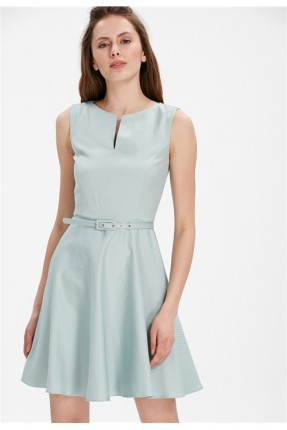فستان سبور حفر مع حزام