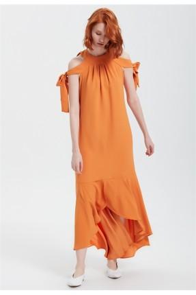 فستان سبور مفتوح الاكتاف