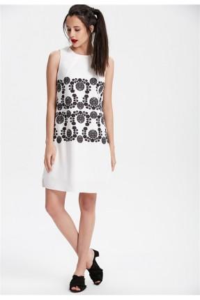 فستان سبور نقشة - ابيض
