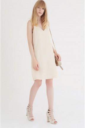 فستان سبور قصير قبة V - كريم