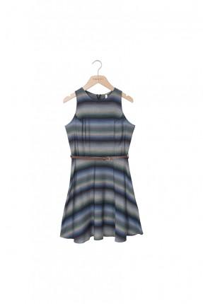 فستان صيفي بدون اكمام