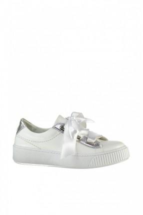 حذاء نسائي مع شريطة - ابيض