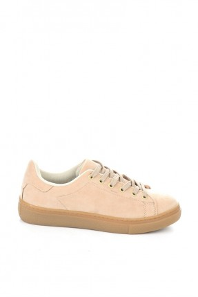 حذاء نسائي برباطات