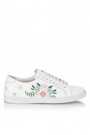 حذاء نسائي مطرز - ابيض
